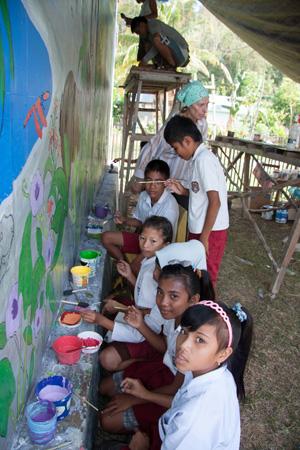Student painters from Teku/Toweer