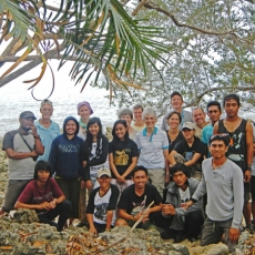 AlTo staff and mural trip participants