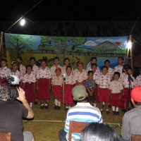 Tanah Merah children sing of Tompotika forests